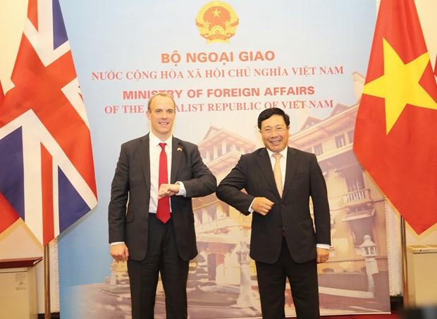 vietnam uk to develop strategic partnership to higher level officials