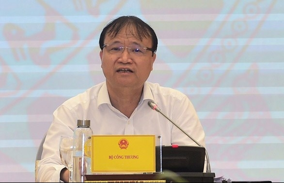 vietnam will surmount difficulties in q4 cabinet press conference