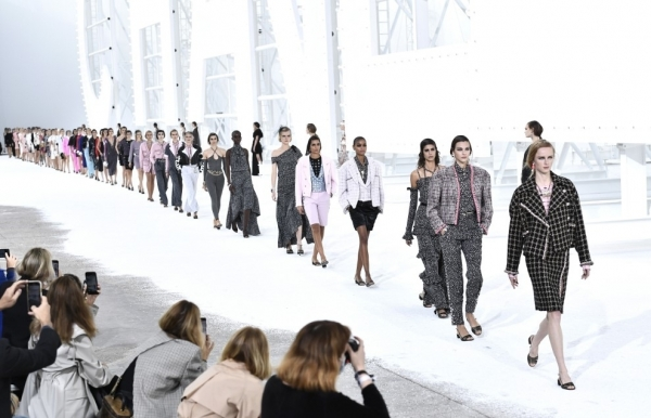 chanel and louis vuitton close paris fashion week in spectacular style