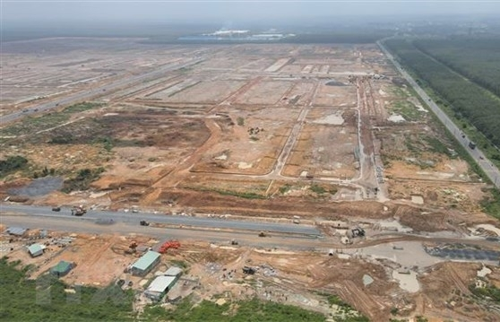 dong nai basically completes ground clearance for first phase of long thanh airport