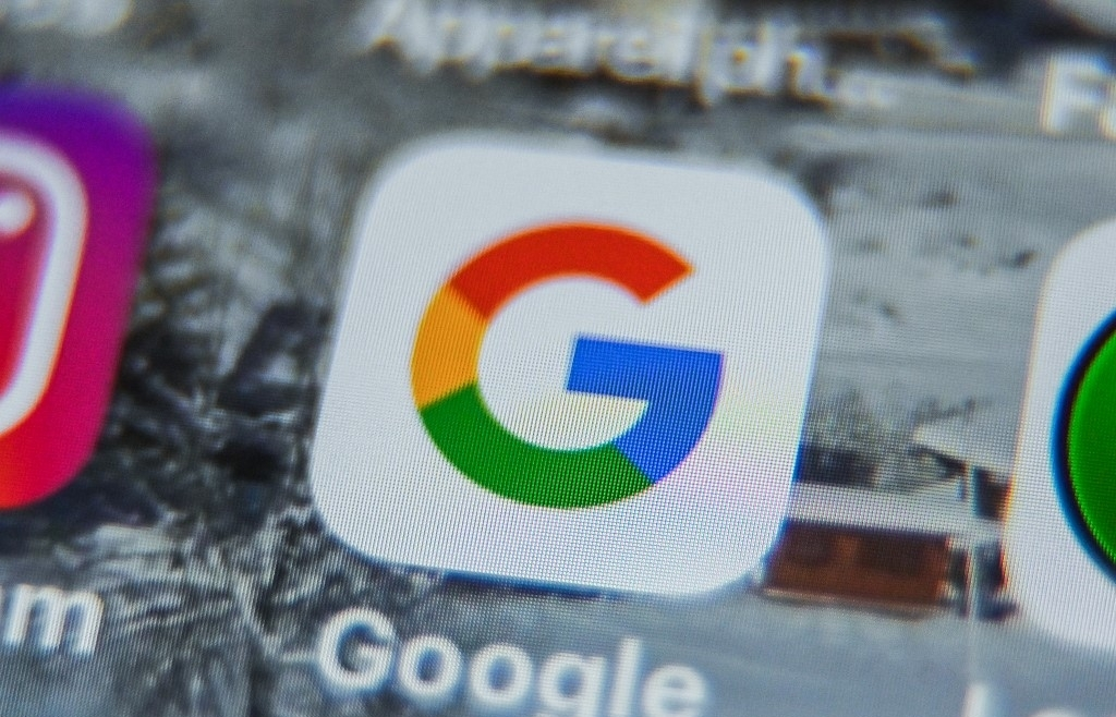 google nears copyright deal with french newspapers