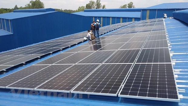 adb phu yen jsc sign vietnams first certified green loan for 257 mw solar power plant