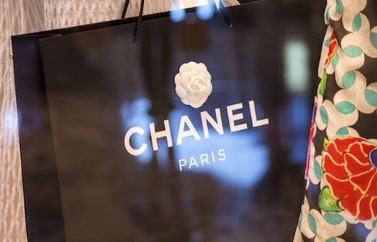 luxury brands shift to selling online in thailand