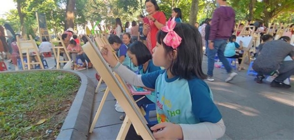 hanoi intl painting contest marks 1010th anniversary of thang long hanoi