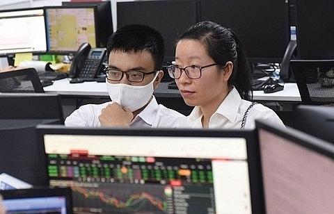 vn index loses on profit taking pressure