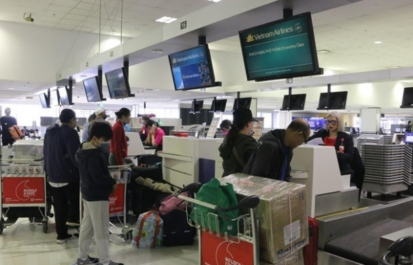 nearly 270 vietnamese citizens brought home from australia
