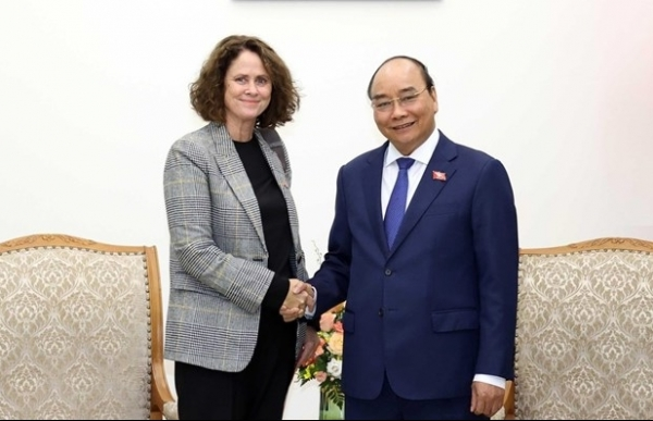 prime minister receives wb country director