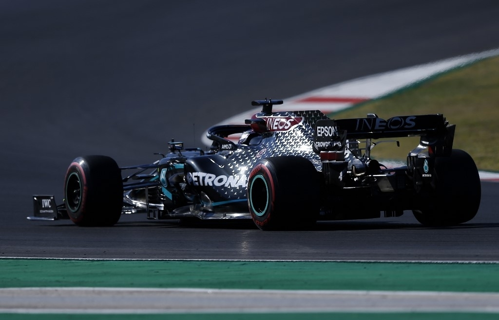 f1 bottas completes clean sweep in portuguese practice