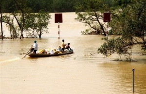 pm approves 500 billion vnd to support flood hit localities