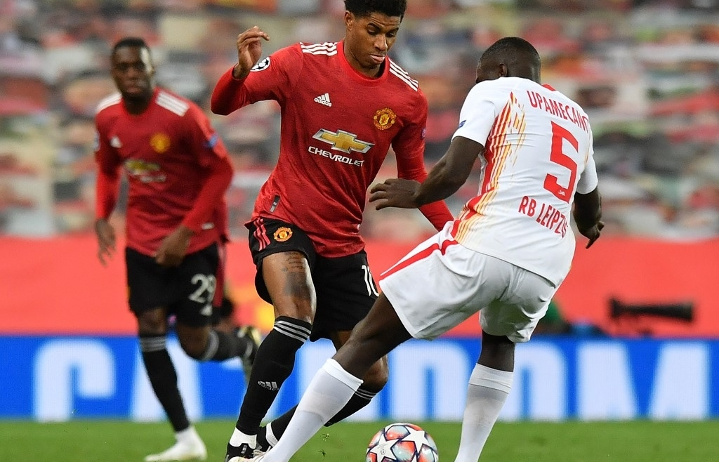rashford scores hat trick as man utd smash leipzig 5 0 in champions league