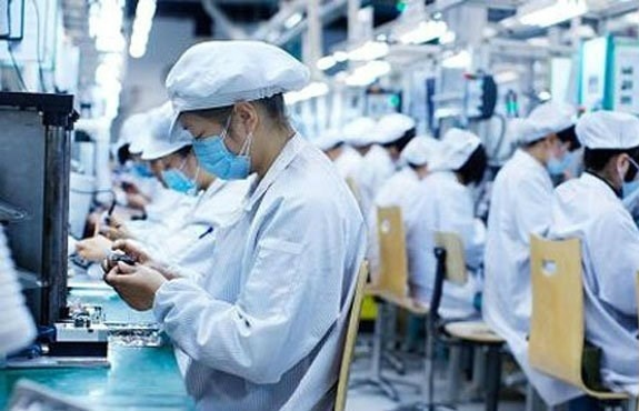Hanoi authorities to meet FDI firms, ease their concerns
