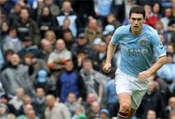 football man city midfielder denies assault in casino fight
