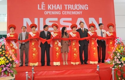 nissan vietnam drives ahead