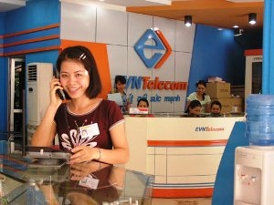 hanoi telecom persists with evn telecom takeover
