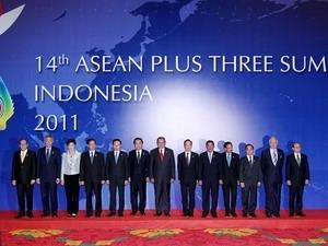 vietnam pm active at asean3 mekong summits