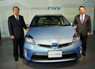 Cars go green and online: Tokyo Motor Show opens