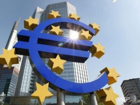 eurozone ministers wrestle with greek debt imf split