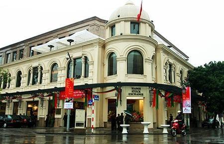 adb hails vietnamese bond growth