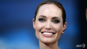 Angelina Jolie plans to give up acting: Report