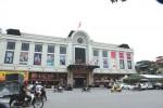 Hanoi authorities admit defeat on relocating historic markets