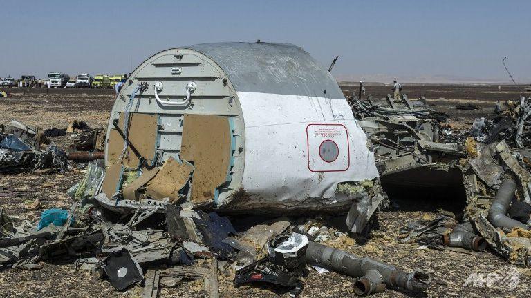 Obama, Cameron say bomb may have caused Egypt plane crash