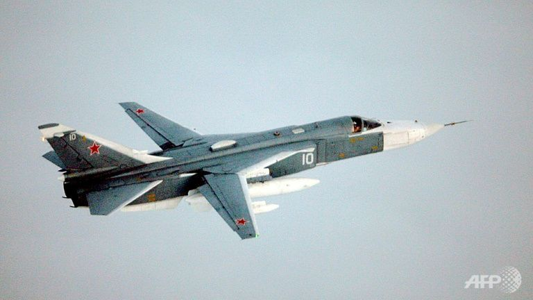 Turkey seeks to ease tensions after downing of Russian warplane