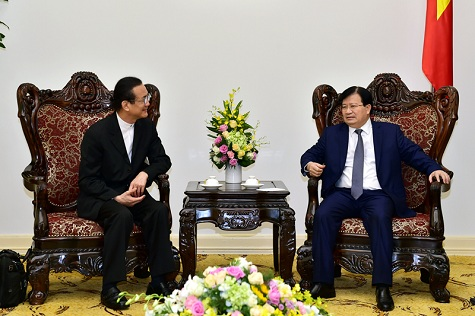 viet nam pledges favorable conditions for thai investors deputy pm