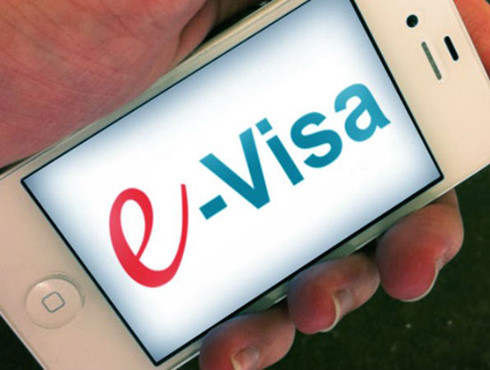vietnam to issue 'e-visas' for foreign visitors in 2017  hinh 0