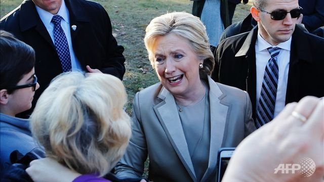 Clinton, Trump cast their ballots in historic US election