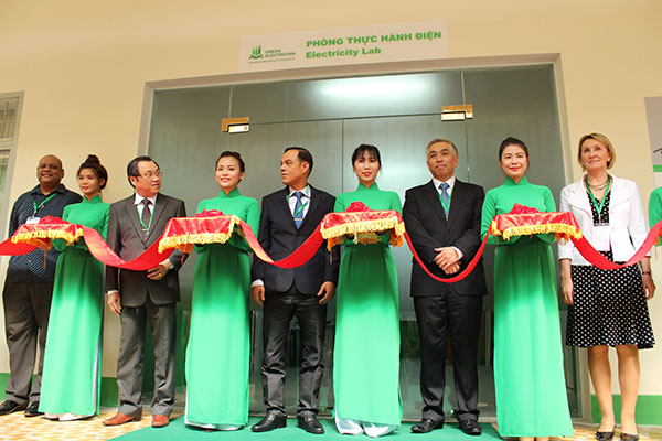 schneider electric vietnam opens green electrician lab