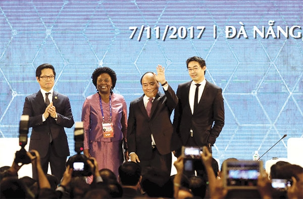 APEC week boosts Vietnam's appeal