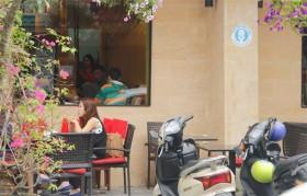 da nang cafes restaurants offer free restrooms for tourists