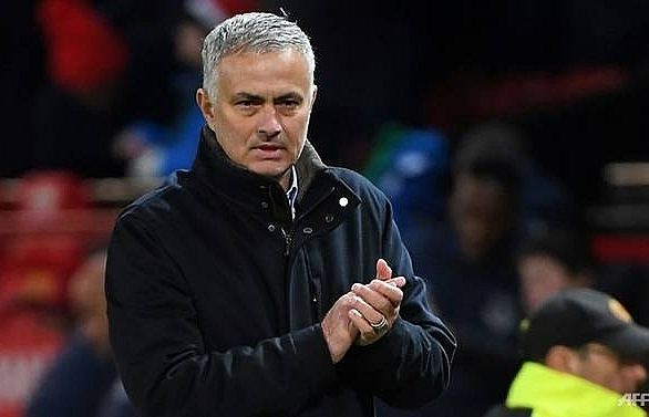 mourinho side steps citys financial fair play row