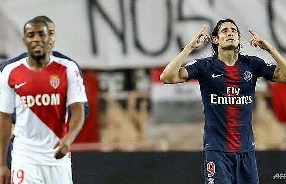 cavani bags hat trick as psg leave henrys monaco down and out