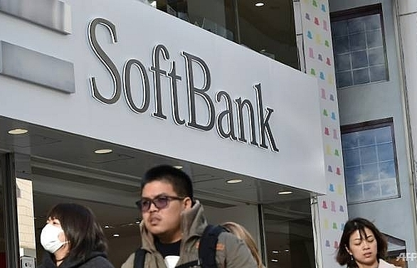 softbank unveils massive 21 bn ipo of japan mobile unit