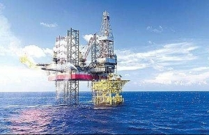 shares volatile edge up on oil and gas stocks