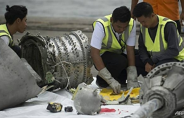 boeing insists will share info with clients after indonesia crash