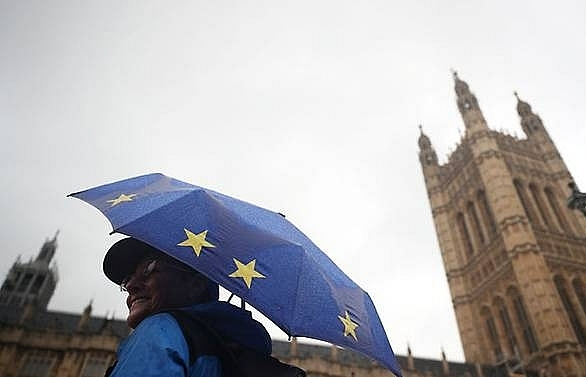 no deal brexit could cost uk economy 93pc of gdp over 15 years govt