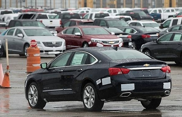 trump backs potential new auto import tariffs
