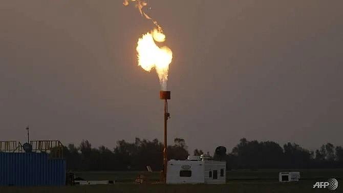 energy giants face 35 output cut to hit paris climate goals