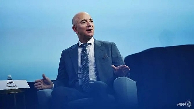 amazon shares hit by earnings disappointment