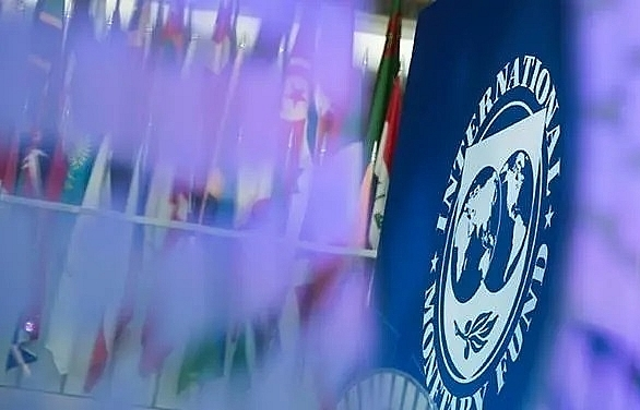 imf approves us 450 million loan tranche for pakistan