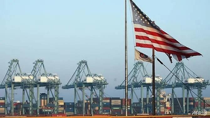 trump trade war endangers 15m jobs ca ports study