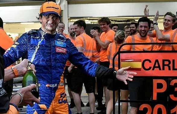 sainz claims mclarens first podium since 2014 after unbelievable race