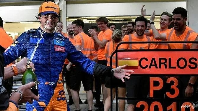 sainz claims mclarens first podium since 2014 after unbelievable race