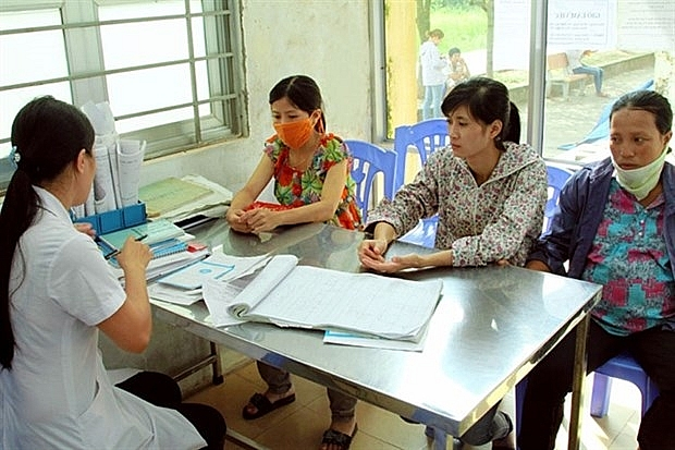 hanoi needs effective measures to reduce third child birth rate