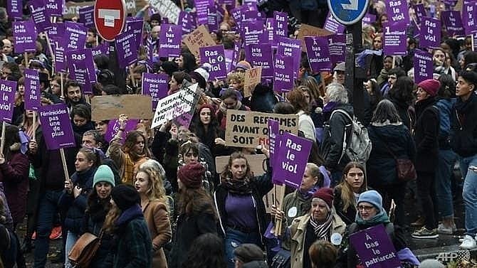 tens of thousands march in france to protest femicide levels