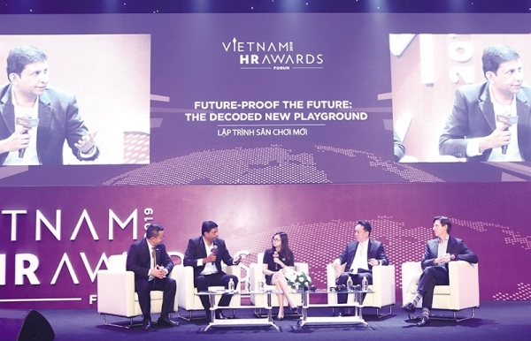 future lessons at the vietnam hr awards forum 2019