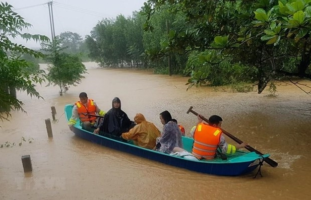 unfpa assists women girls affected by floods in central region