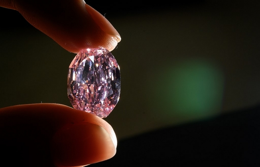 rare russian pink diamond sells for 27 million
